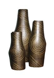 Portafiori in terracotta metallizzata